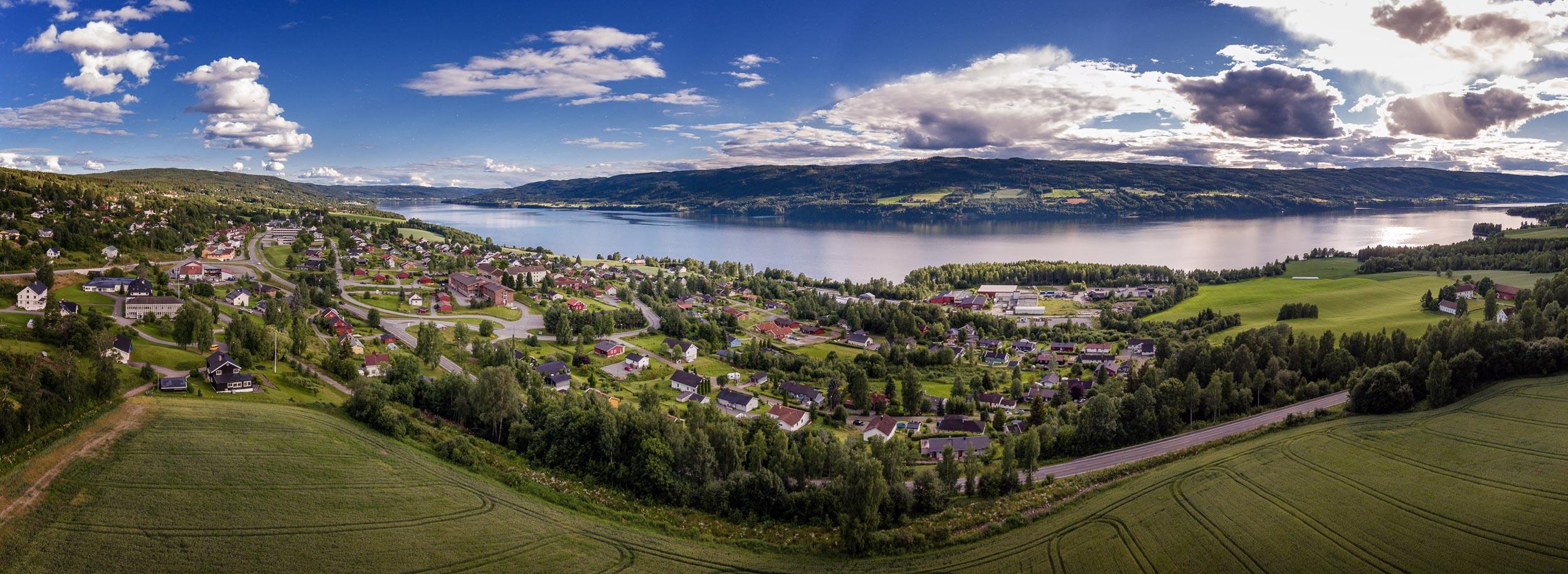 Hov i Land - Dronefoto, Søndre Land