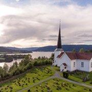 Fluberg Kirke (Foto: Bjørn H Stuedal)