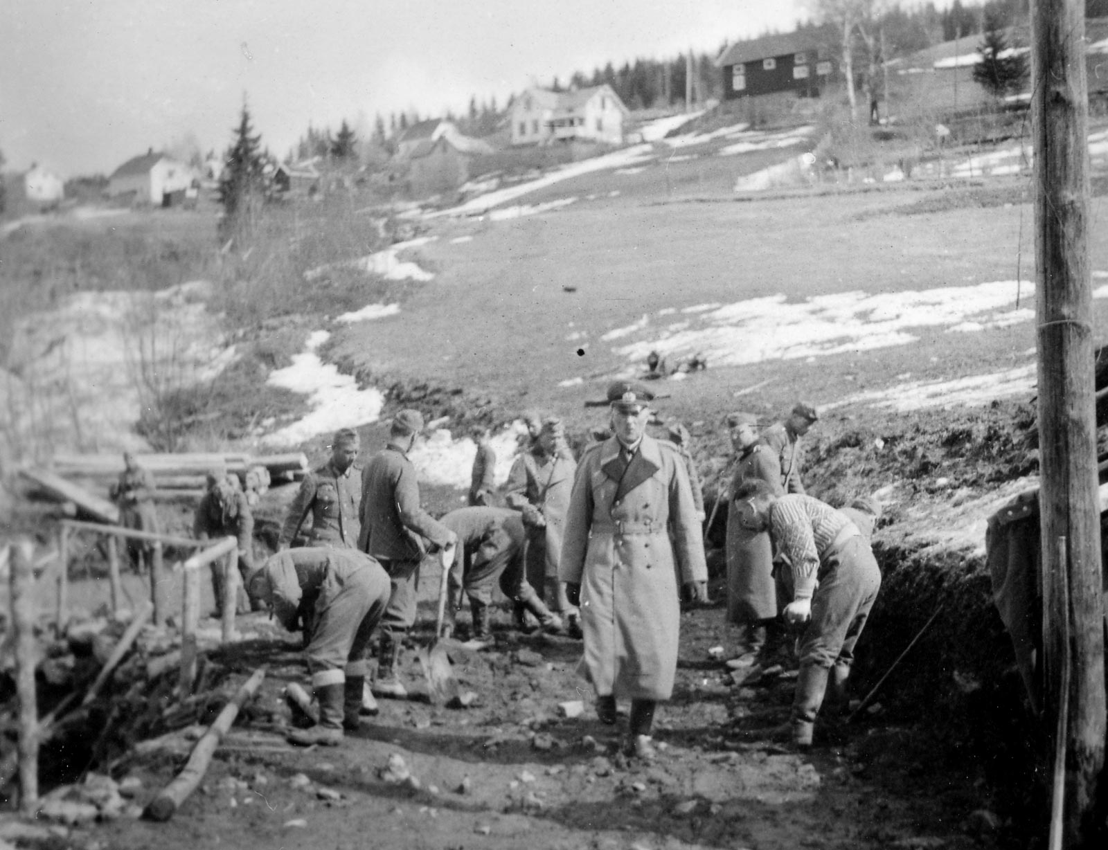 Generalmajor Engelbrecht og tyske styrker ved Fallselva