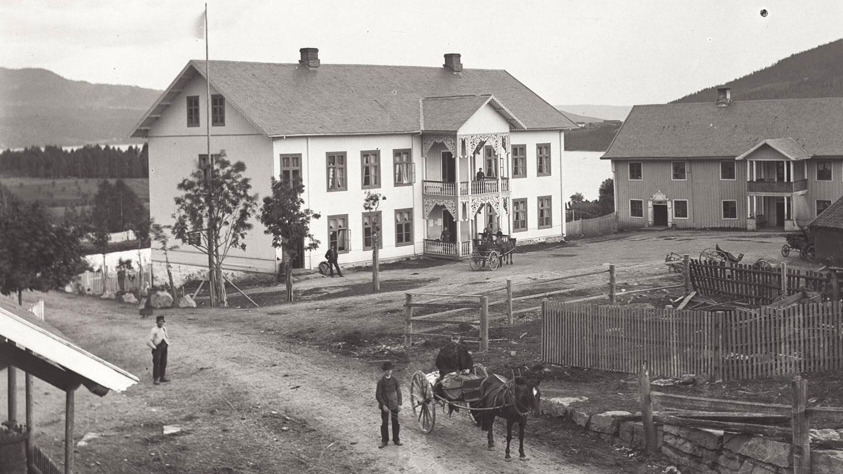 Odnes Hotel, Søndre Land