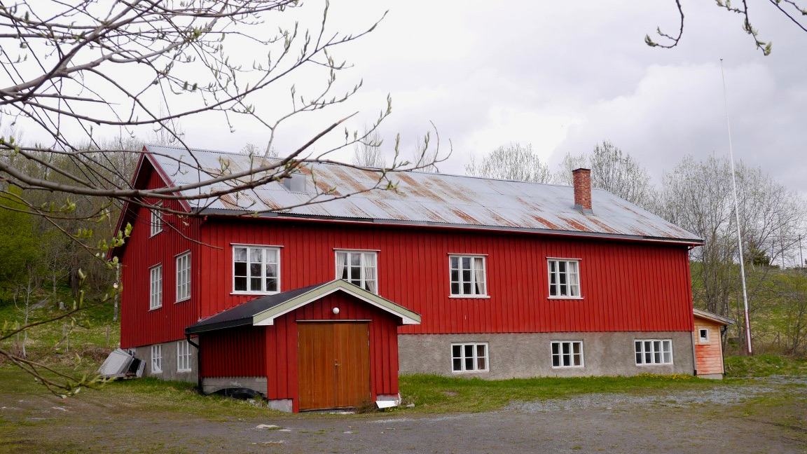 Solgløtt, Søndre Land