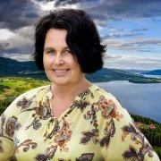 Anne Hagenborg, Søndre Land