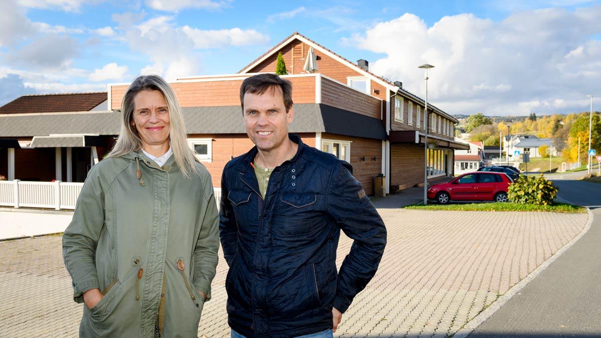 Mari Aasen og Tomas Skaugrud tar nå fatt på andre fase i ombyggingen av det tidligere samvirkelaget.