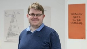 Petter Granum Odden (24) fra Fluberg er en av ungdommene som har fått hjelp gjennom FROG-kursene på Sølve