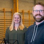 Kristine Legernæs og Kim André Halhjem ønsker velkommen til åpen dag